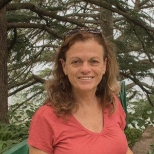 מירי אריה-לי - רפלקסולוגית בכירה נטורופתיה, עיסוי, רייקי.