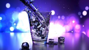 שתיית מים - איציק ירקוני