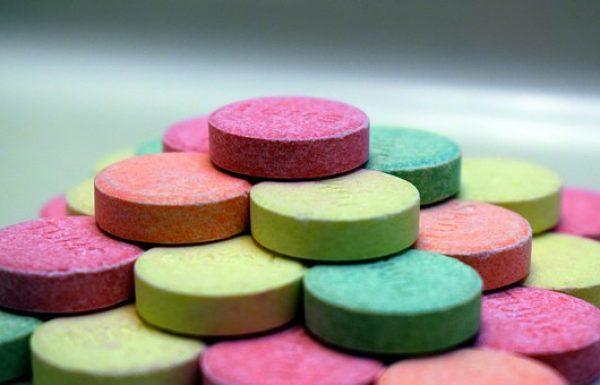 האמת מאחורי תרופות סותרות-חומצה