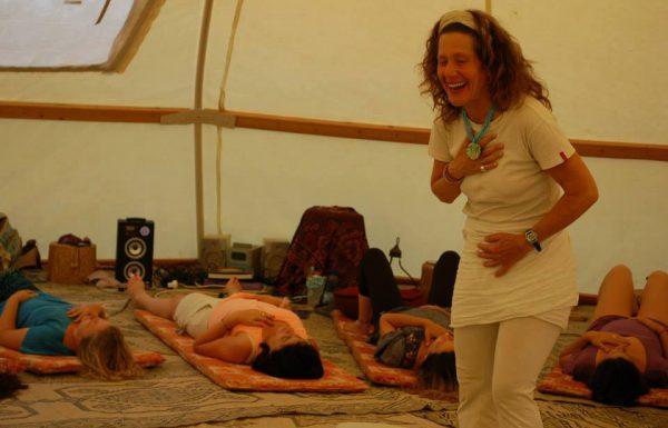 """סדנת ריברסינג, הילינג ושירת מרפא – """"התמדה ולידה מחדש"""""""